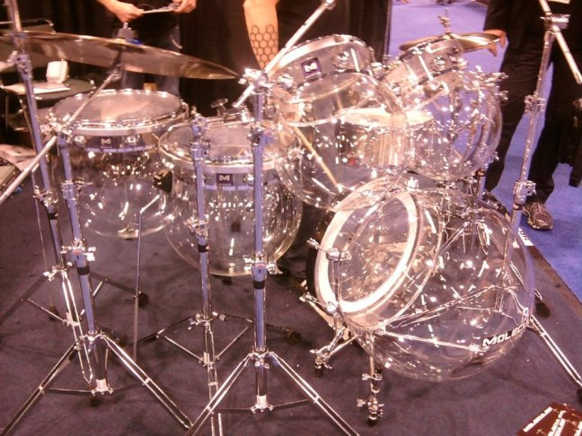 NAMM 2012 Molecules acrylic bubble drum kit (02)